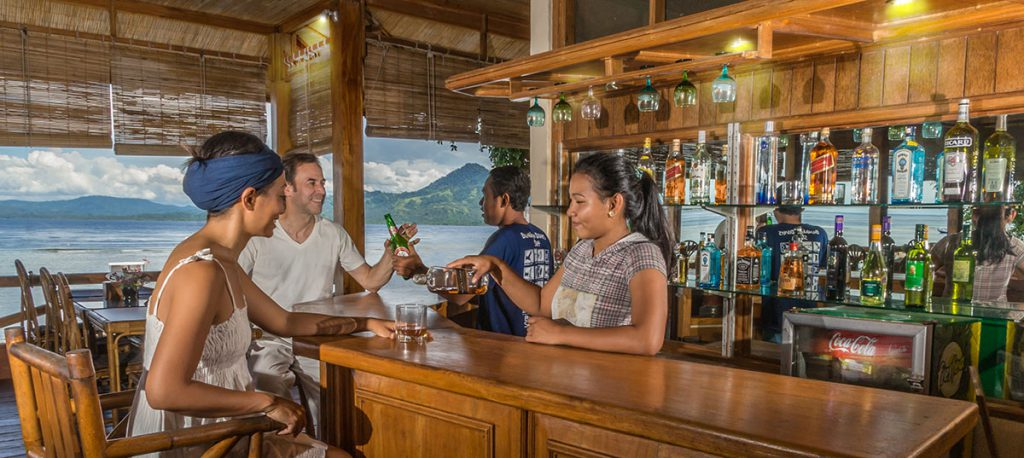 bunaken-divers-bar