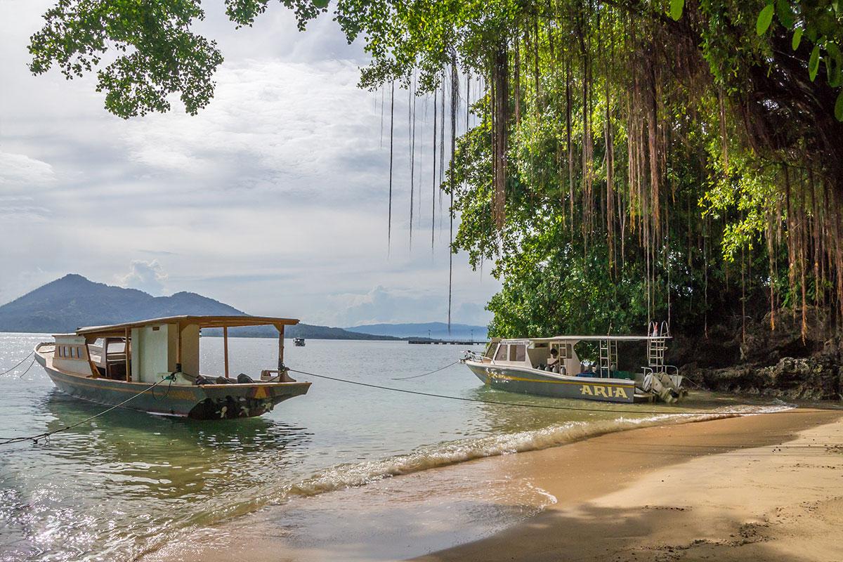 Beach View with Boat, Bunaken Island, Manado, Indonesia